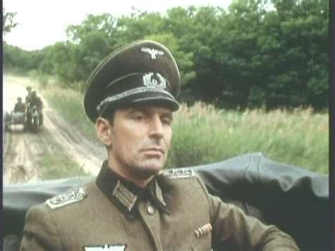 action on the road: German officer captured; his guard