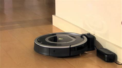 How To Charge & Store Battery   Roomba® 700 series