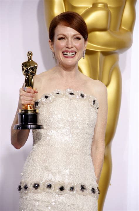 Relive As The World Turns Alum Julianne Moore's Oscar Win