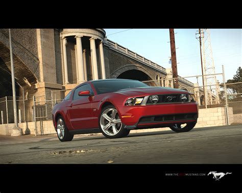 2010 Ford Mustang Lansat Oficial!!! | Cai Putere